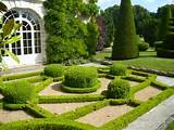 ... to-decorate-our-garden-in-beautiful-French-style | interi0r-design.com