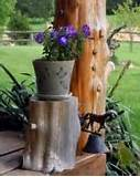 rustic outdoor decorating