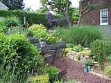 small backyard ideas landscaping a small backyard