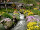 unique garden d cor ideas with the river