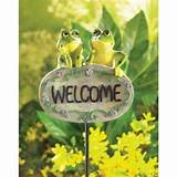 frog welcome sign garden decor