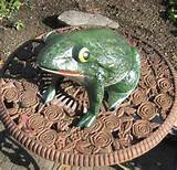 huge frog garden decor door stop garden cast iron