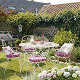 pretty country garden garden decorating ideas image