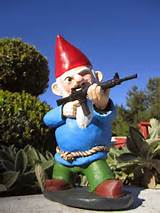 be giving away this combat gnome designed by thorssoli in a gnome hunt