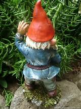 THIS UNUSUAL ZOMBIE GARDEN GNOME IS DEFINATELY NOT FOR EVERYONE
