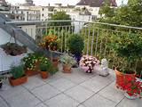 Simple Ideas on Creating Apartment Patio and Deck Gardens