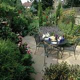 Traditional garden with patio dining