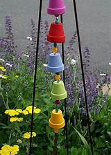 DIY simple garden art - pot pyramid