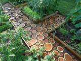 diy garden paths of wood slabs photo 3