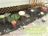 seriously love the polka dots fun diy garden decor