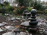 River rock garden sculpture ideas