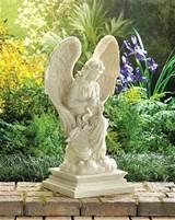 Garden Decor: