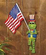 americana frog greeter with flag porch outdoor garden decor 6w6f amr