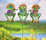 about 3 pc funky frogs garden lawn stakes garden outdoor yard decor