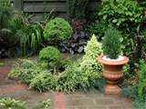 Small Gardens | Small Garden Design Small garden designs and plans ...