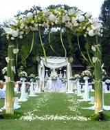 sabtu outdoor1 Decorating an Outdoor Wedding Ideas