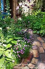 ... Herb Gardens http://www.edible-landscape-design.com/herb-garden-design