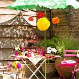 Small alfresco garden dining area | Small garden design ideas | Garden ...
