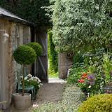... Small gardens | PHOTO GALLERY | Homes & Gardens | housetohome.co.uk