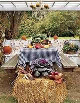 ... decorating Set Fall Party Decorating Ideas - Fall backyard garden