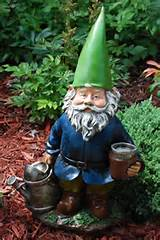 handmade landscape gardening funny garden gnomes with stick supplier
