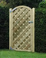 Garden Gate Madrid v Arched Panel VAG180