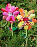 planting-happiness-urban-gardening-diy-2013-soda-cans-garden-art