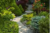 Ten Simple Landscaping Ideas That Give Maximum Impact