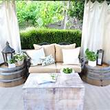Outdoor decor: Rustic whitewash!