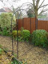 garden arches fits effortlessly into any garden design. These garden ...