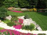 http://www.bplandscaping.ca/images/view/gallery/flowerbed/p7.jpg