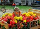 fall-decorations-garden-front-yard-scarecrows-container-gardening ...