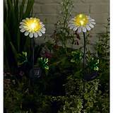 smart solar metal flower lights 2pk daisies description