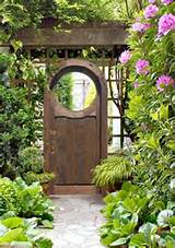 Garden Gate - Woodburn Abby Garden Gate Design - GG318b