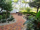 Florida Landscape Design Ideas: Courtyard Features