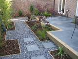 stepping stones gardens ideas slate chips gravel gardens gardens