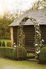 Rose-Arch-G-ROSE-Cox-and-Cox-easy-living-12jun13_pr_b.jpg