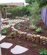 Idee giardino fai da te: BORDURA CON PIETRE DI FIUME, FAI DA TE: come ...