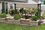 Patio design. Neat knee wall | Yard Design Ideas | Pinterest