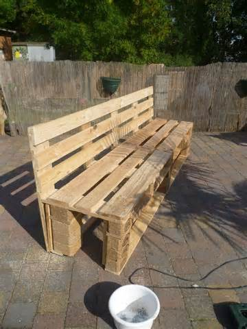 pallets garden bench wood pellet ideas pinterest