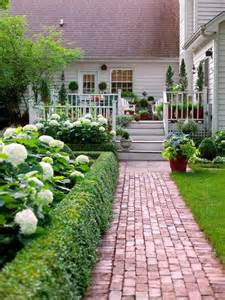 Glorious Garden Paths -- Create a memorable walkway for your yard. See ...