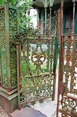 20 Beautiful Garden Gate Ideas