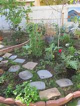 le herb garden idea interesting ideas pinterest