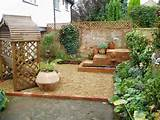 Outdoor Privacy Screen Ideas: Small Courtyard Outdoor Privacy Screen ...