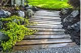 Pallet wood walkway all prettied up again - Funky Junk InteriorsFunky ...