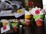 theme favors ideas bridal shower gardens parties flower seeds ideas