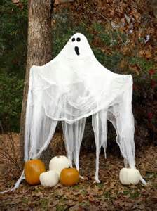 Show Me Crafting: Outdoor Halloween Decor Ideas via Pinterest