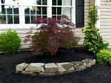 Simple Small Front Yard Landscaping IdeasSimple Landscaping Ideas On a ...