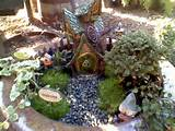 Mini gnome garden | Miniature Garden Ideas | Pinterest