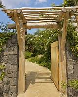 entry gate tropical landscape hawaii by saint dizier design